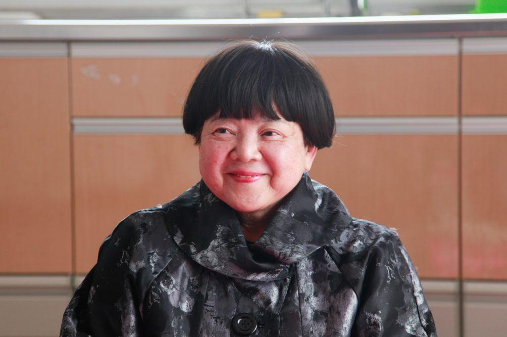 潮田光子代表
